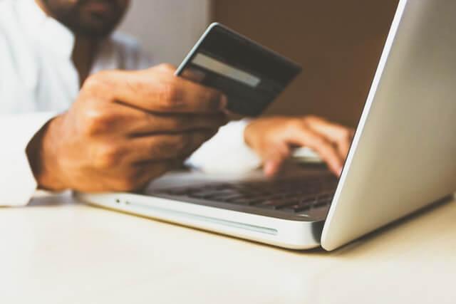 ハイローオーストラリアの入金に使えるクレジットカード2種類